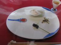 正月には鶴の形をした祝いの器で